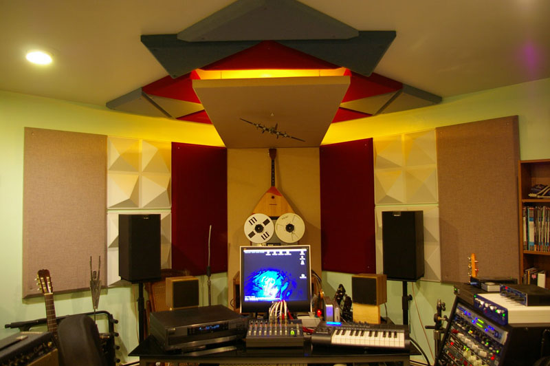 Amazing Focus On Acoustics And Get The Most Of Your Home Recordings Largest Home Design Picture Inspirations Pitcheantrous