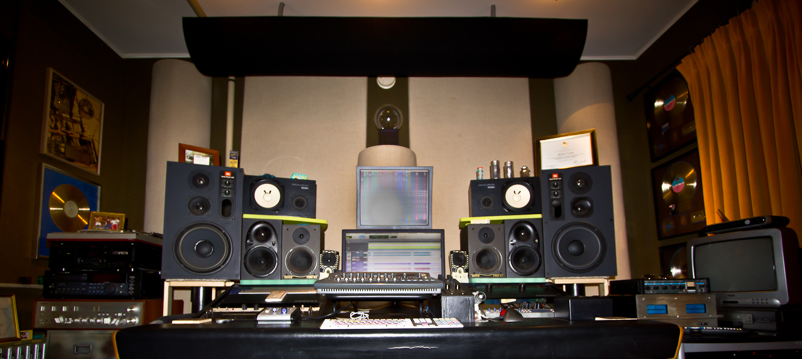 Homemade speaker stands for any home studio disc makers blog - Home studio ...