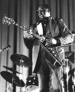 Albert King with his Flying V