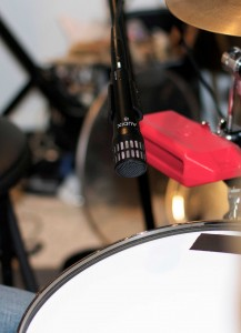 mic placement tips for recording a snare drum