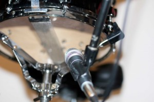 bottom snare mic technique when recording a snare drum