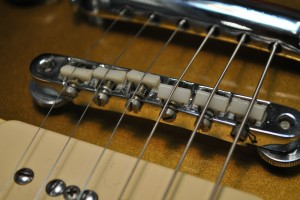 adjusting guitar intonation