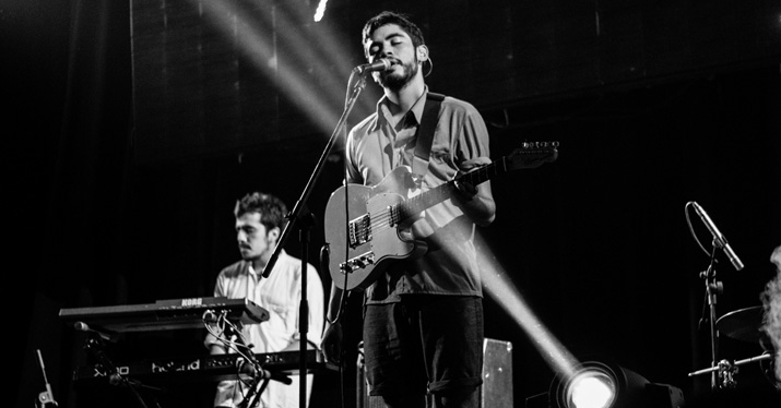 perform live
